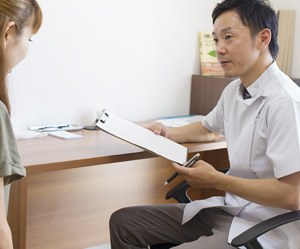 アトピー性皮膚炎に詳しい横浜アーク整体院の小見山