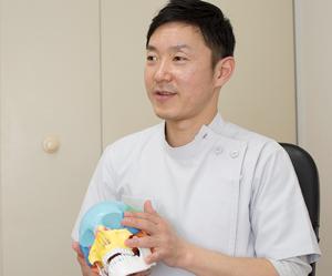 横浜アーク整体院の「自律神経のプロ」である小見山院長