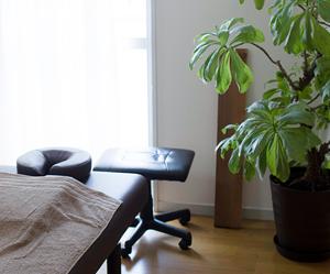薬でも治らない起立性調節障害にお困りの方は横浜アーク整体院にお任せ下さい!